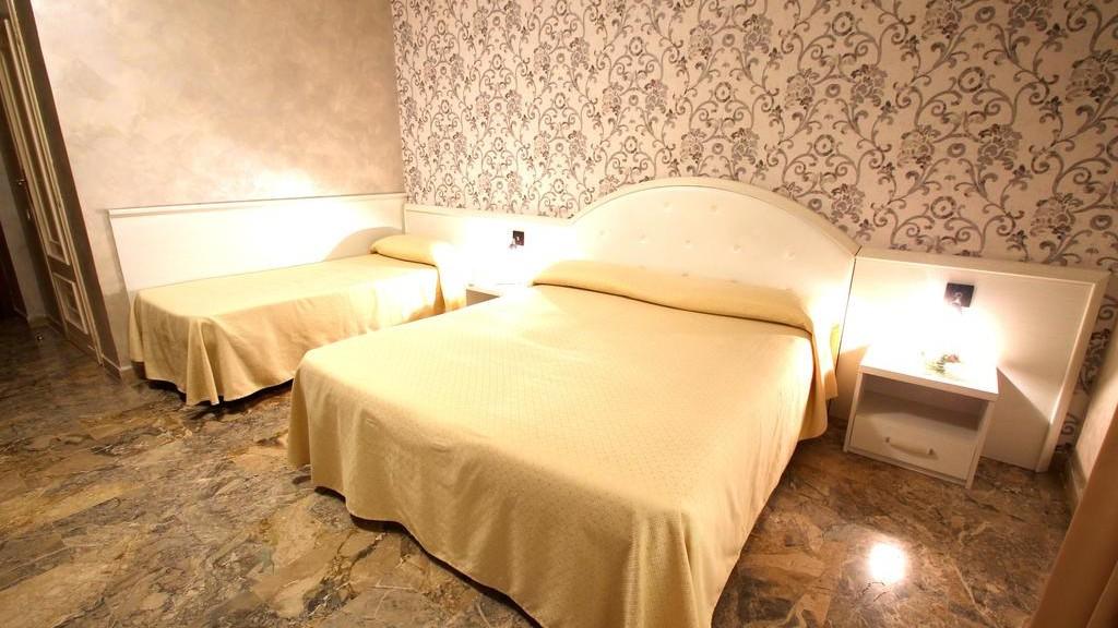 hotel-orazia-roma-tripla-standard