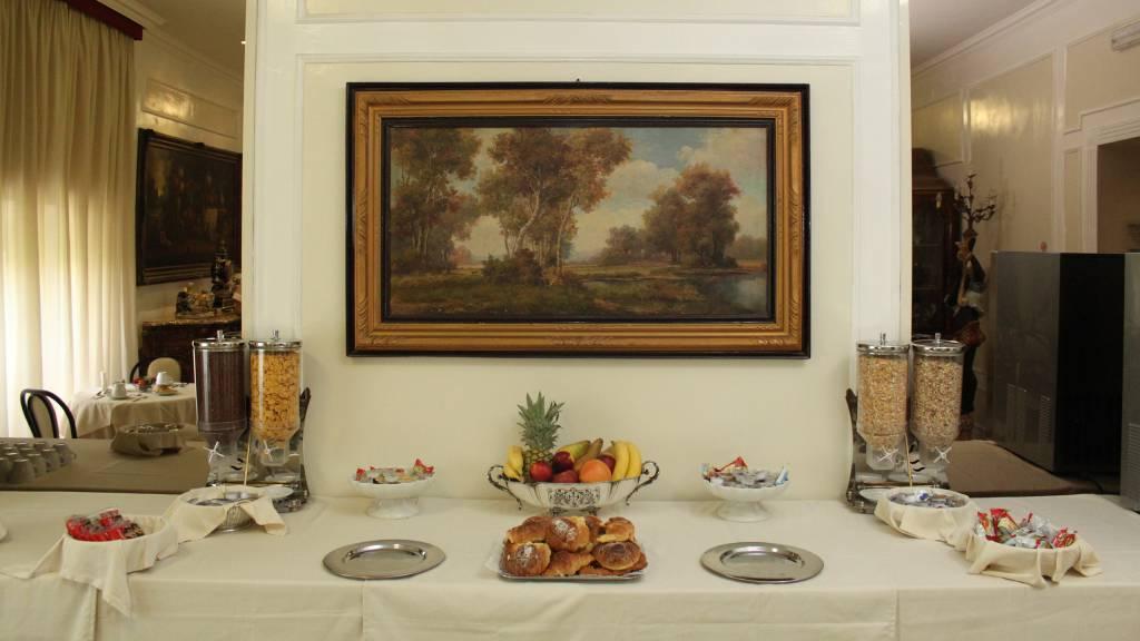 hotel-orazia-rome-breakfast-38