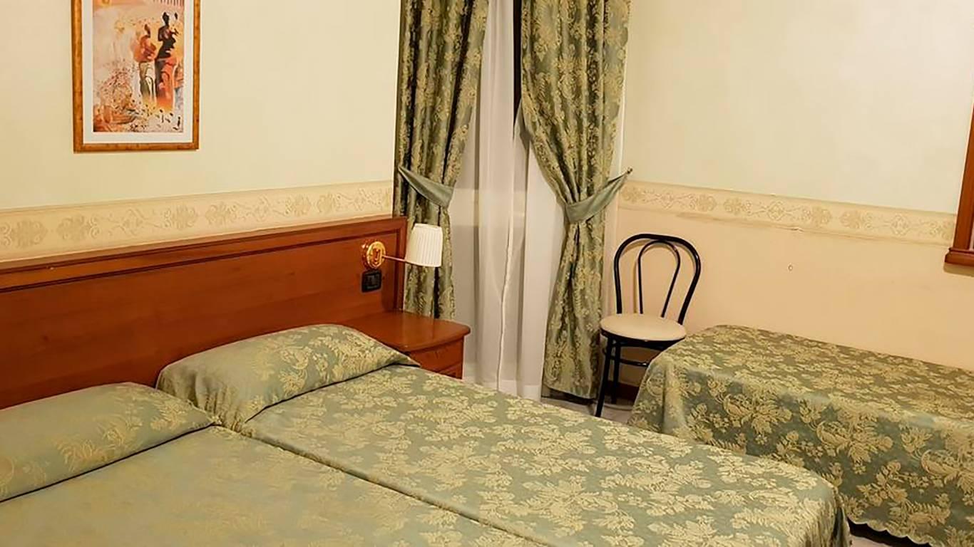 Hotel-Orazia-Roma-Camere-Comunicanti