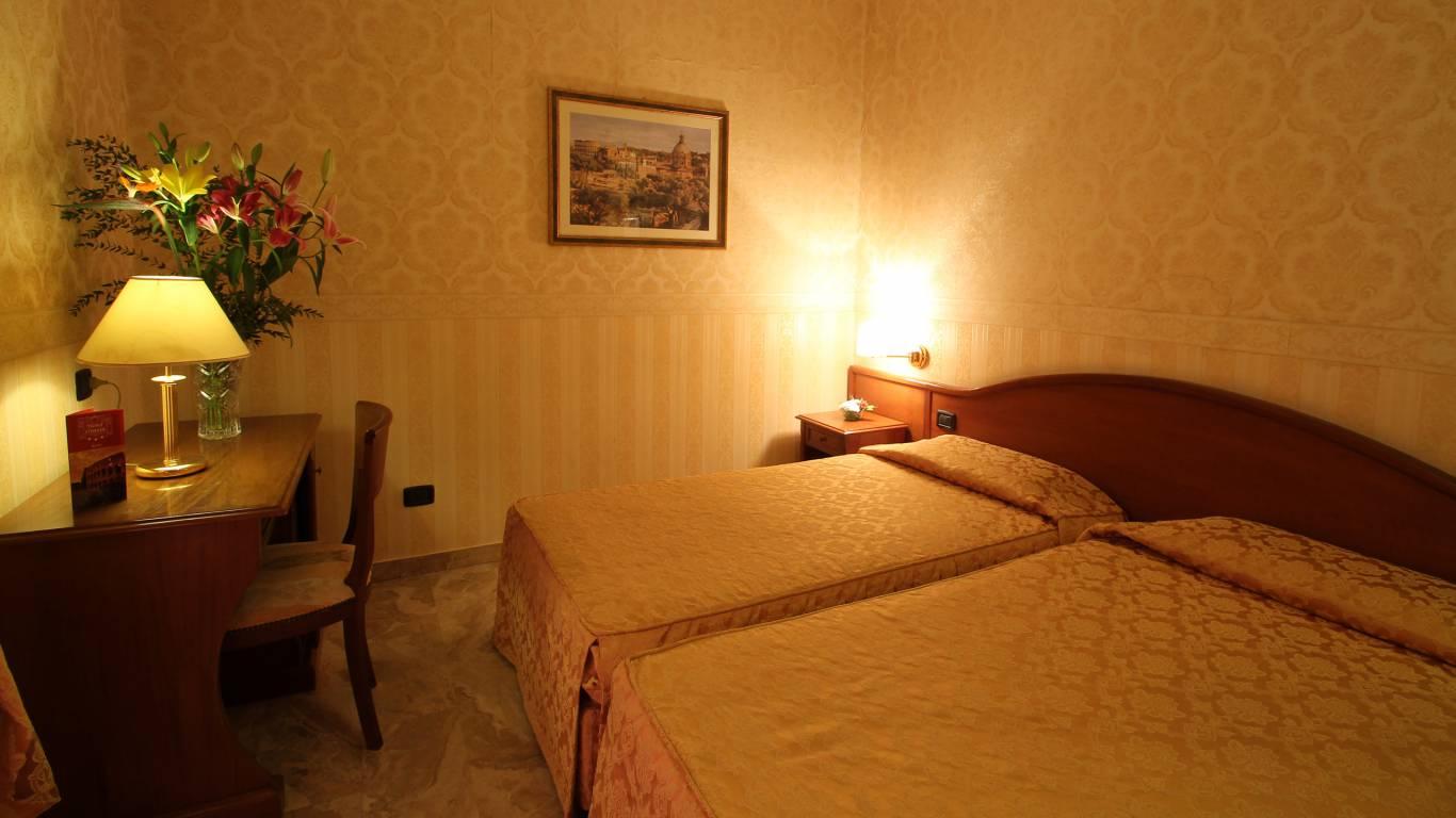 hotel-orazia-roma-camera-5