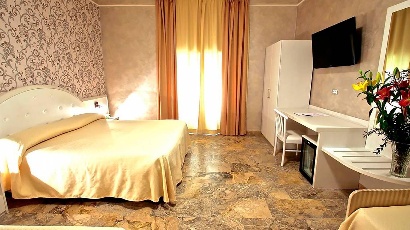 Hotel-Orazia-Roma-Camera-Family