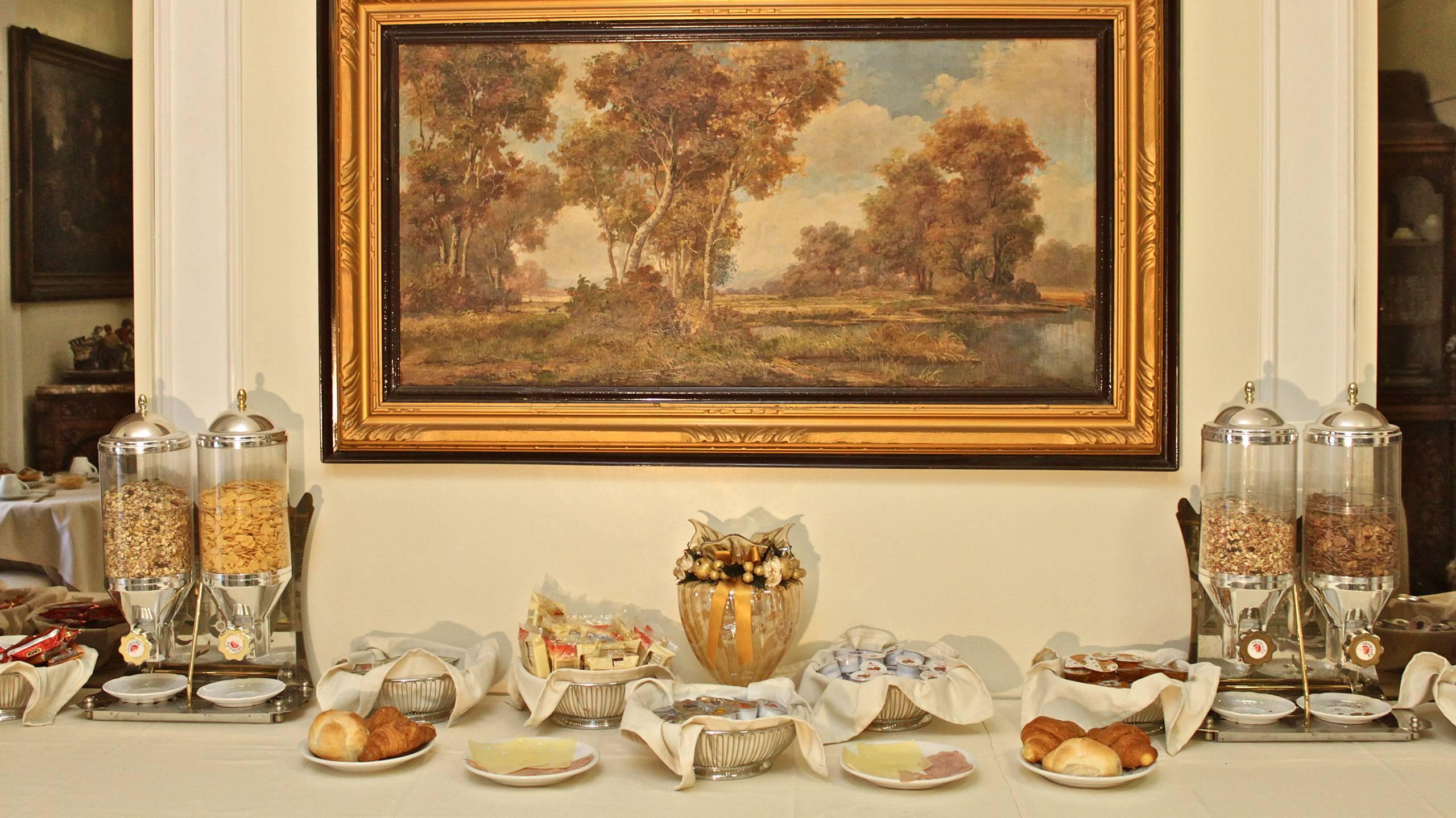 hotel-orazia-rome-breakfast-45