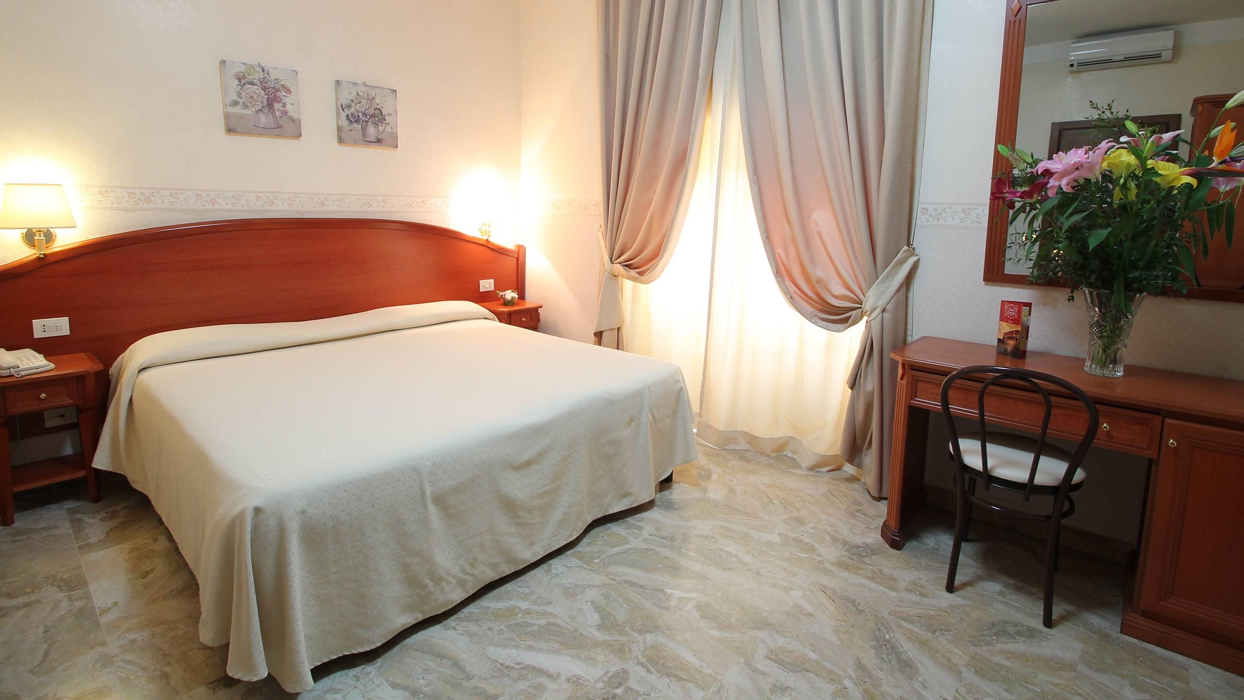 hotel-orazia-rome-room-8